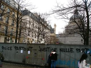 Sorbonne anti CPE (MARS 2006)