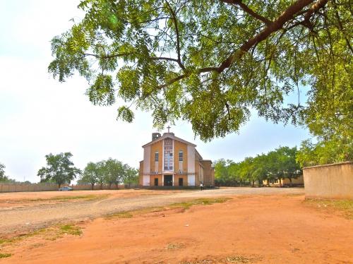 Cathédrale Sainte Thérèse au Sud de Juba.jpg